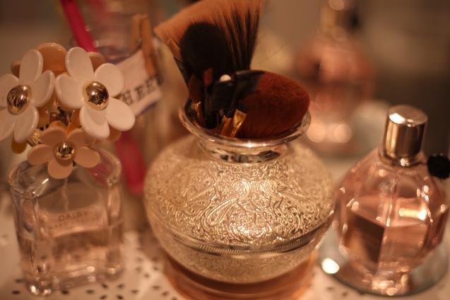 Perfume by Marc Jacob Daisy and Viktor Rolf Flower Bomb