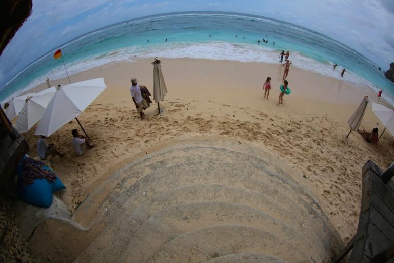 Steps to beach at Finn's beach club