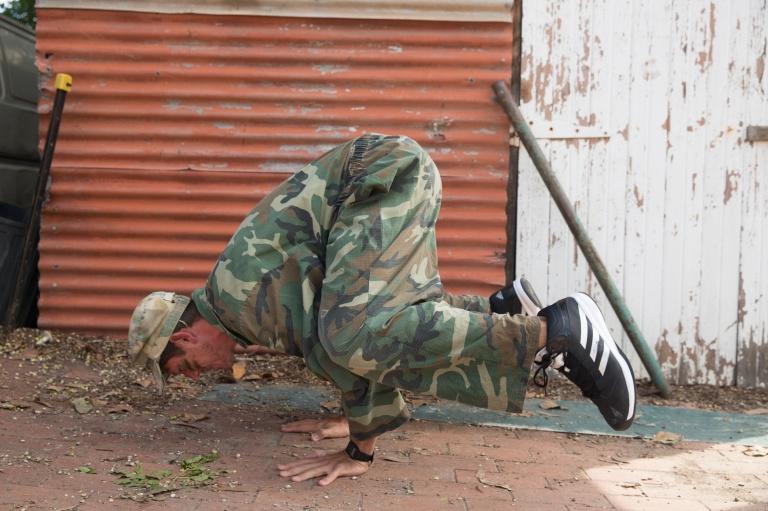 YOGI KIM Army Kelvin Crow Pose
